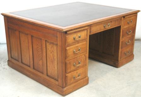 - Large Antique Oak 18 Drawer Partners Desk
