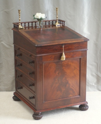 Antique Writing Desks - Antique Davenport Writing Desk James Winter