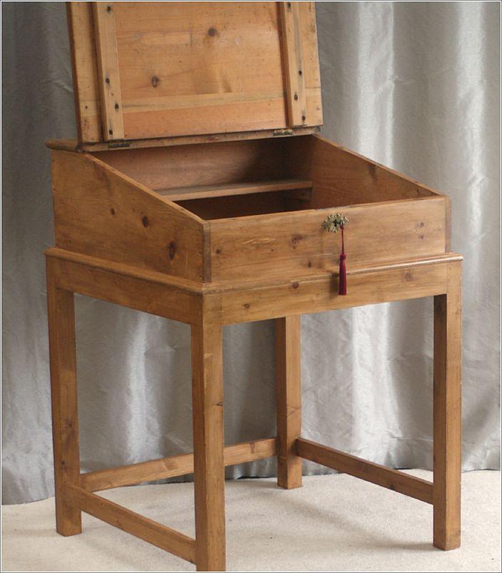 4023 Antique Victorian Pine Clerks Desk On Stand